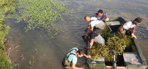 Un chantier d'insertion au service des pêcheurs